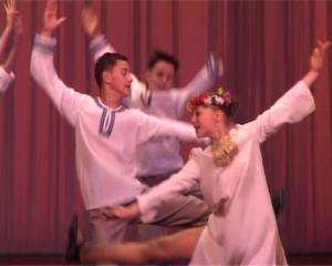36 - Русский танец «На Ивана на Купала».Still001