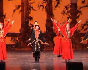42 - Калмыцский танец.Still001