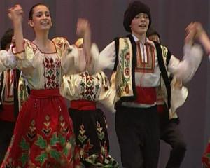 53 - Молдавский танец.Still001