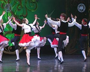 7 - Испанский танец «Арагонская хота».Still001